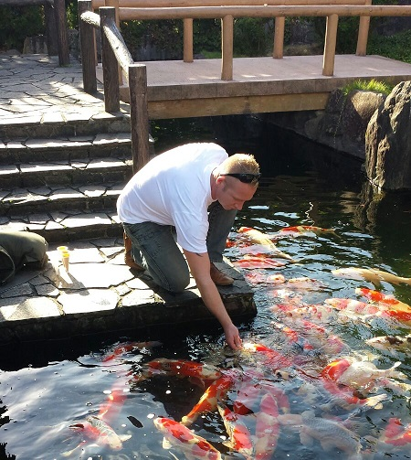 Adviesgroep Koi en vijver - Jarald bij Japanse vijver