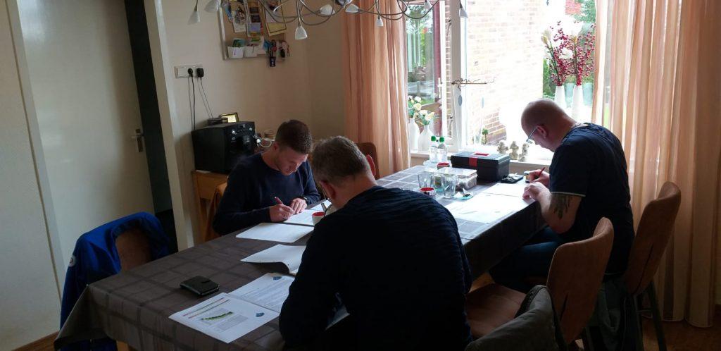 Examen adviesgroep Koi  en vijver.